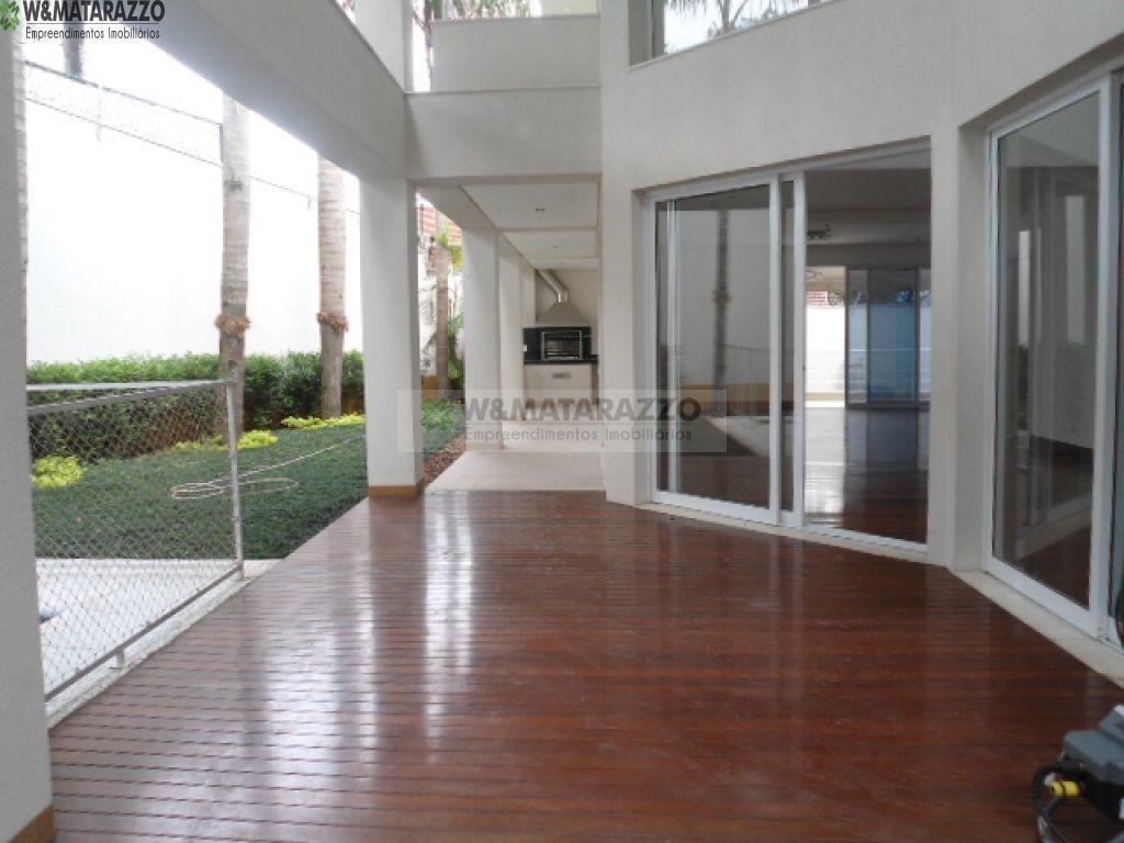 Casa de Condomínio Jardim Petrópolis 4 dormitorios 6 banheiros 6 vagas na garagem