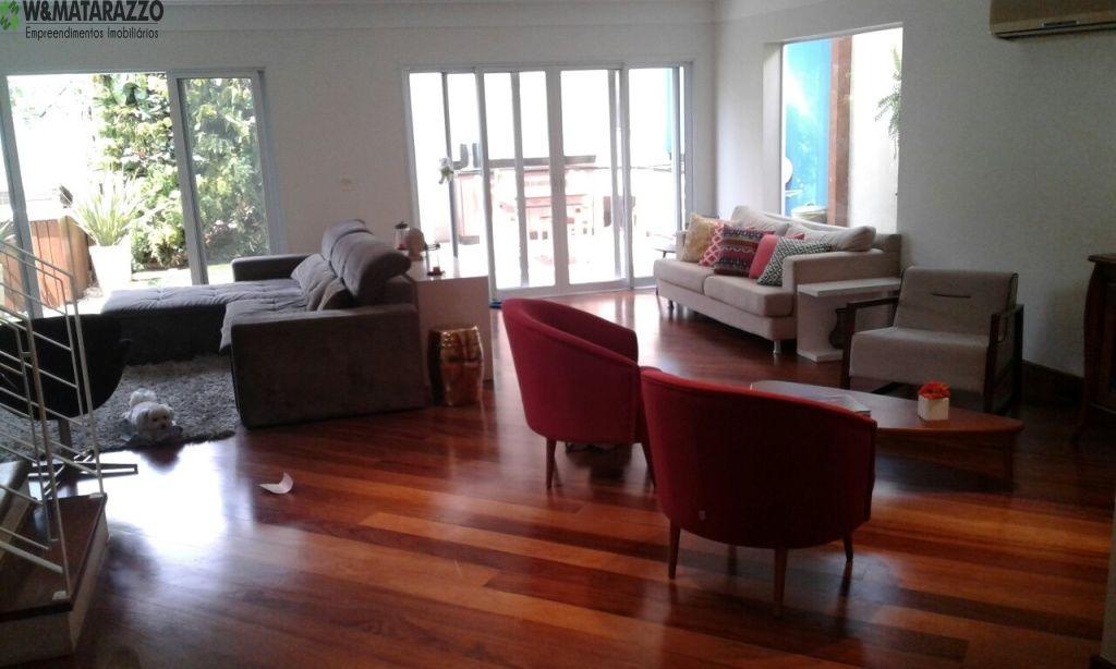 Casa de Condomínio Parque Colonial 4 dormitorios 5 banheiros 4 vagas na garagem