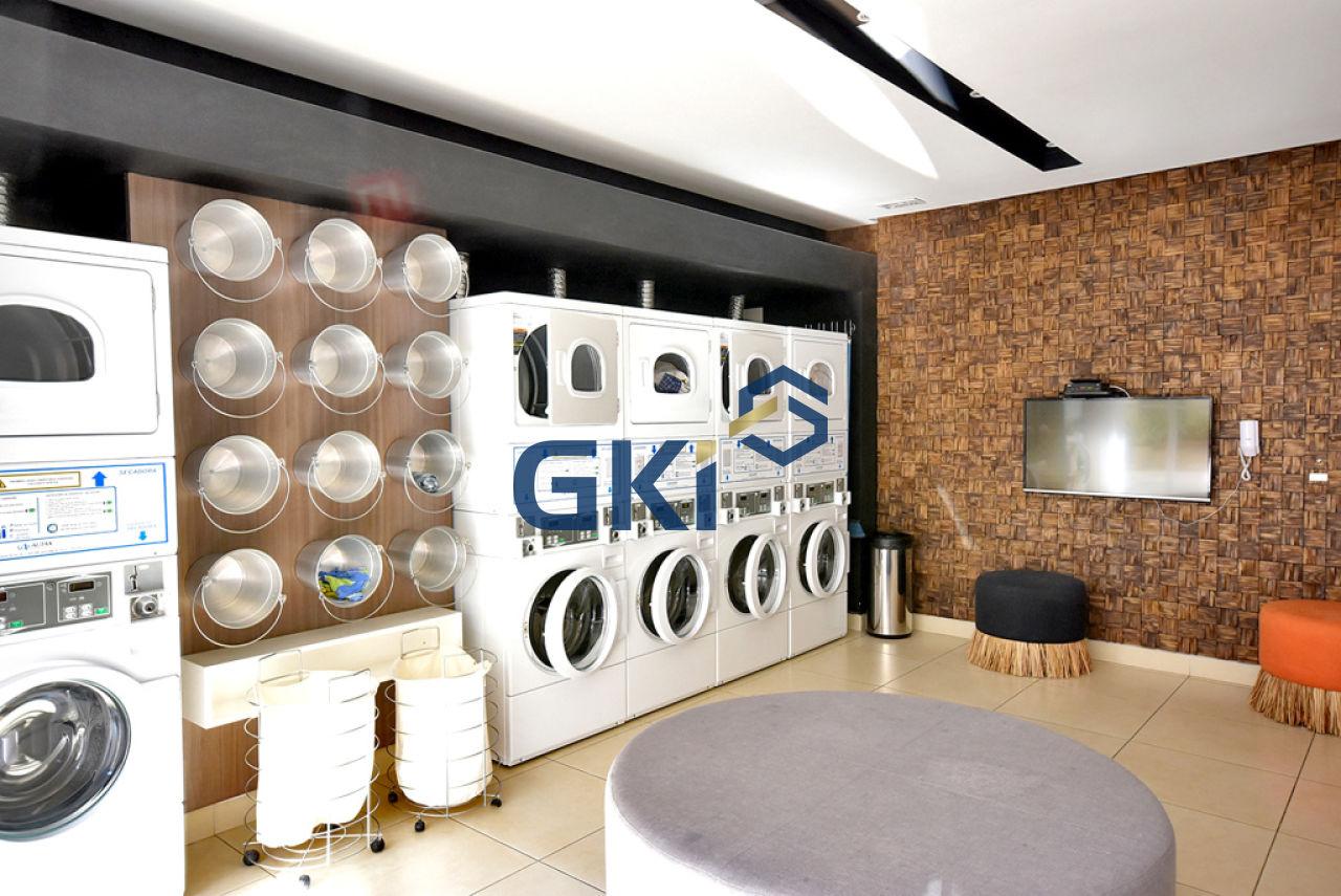 Apartamento de 2 dormitórios à venda em Parque Industrial Tomas Edson, São Paulo - SP