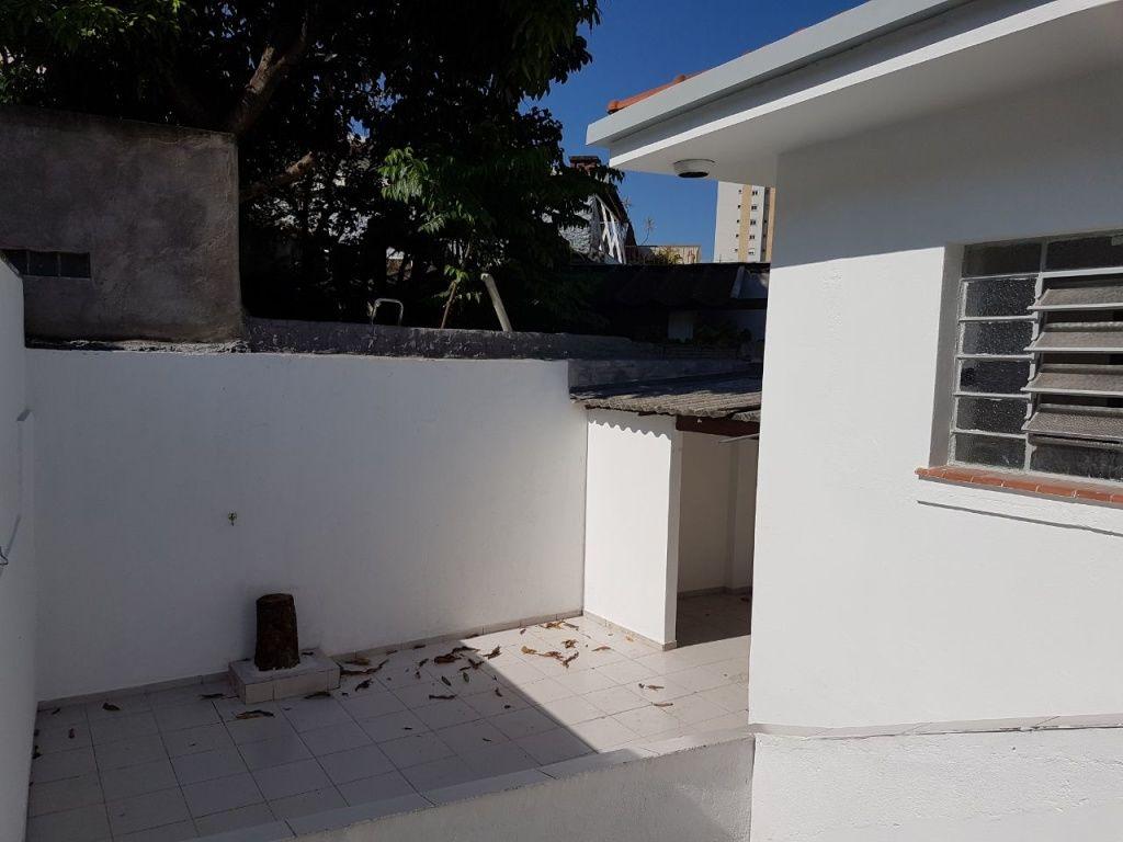 Casa Assobradada para Locação - Santa Teresinha