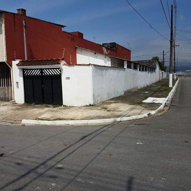 CASA GEMINADA para Venda - Jardim Quietude