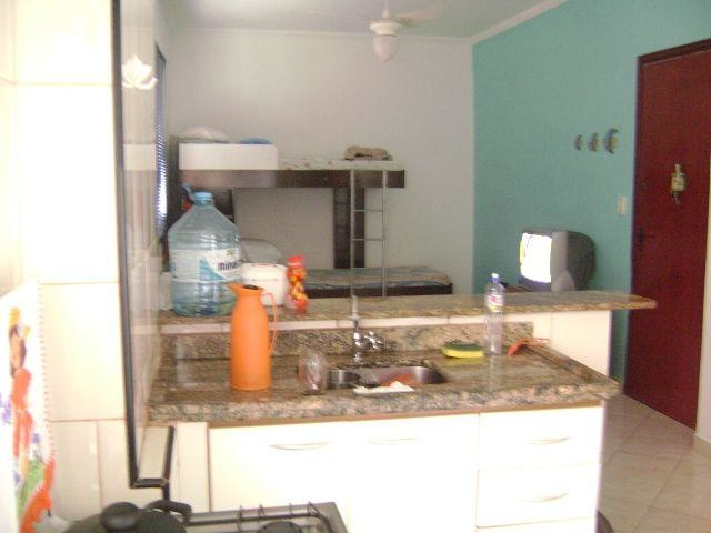 Cozinha do kitinet com 1 dormitórios em TUPI - PRAIA GRANDE