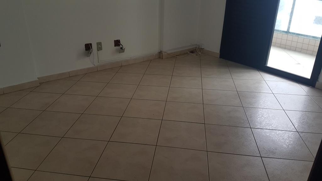 Dormitório 01 do apartamento com 3 dormitórios em AVIAÇÃO - PRAIA GRANDE