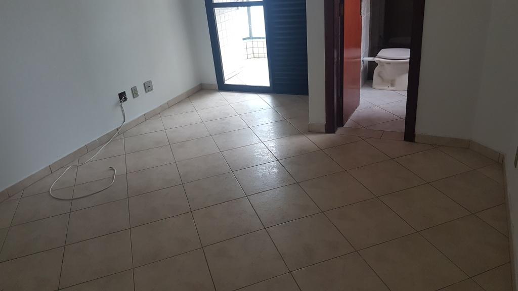 Suíte 03 ang 02 do apartamento com 3 dormitórios em AVIAÇÃO - PRAIA GRANDE