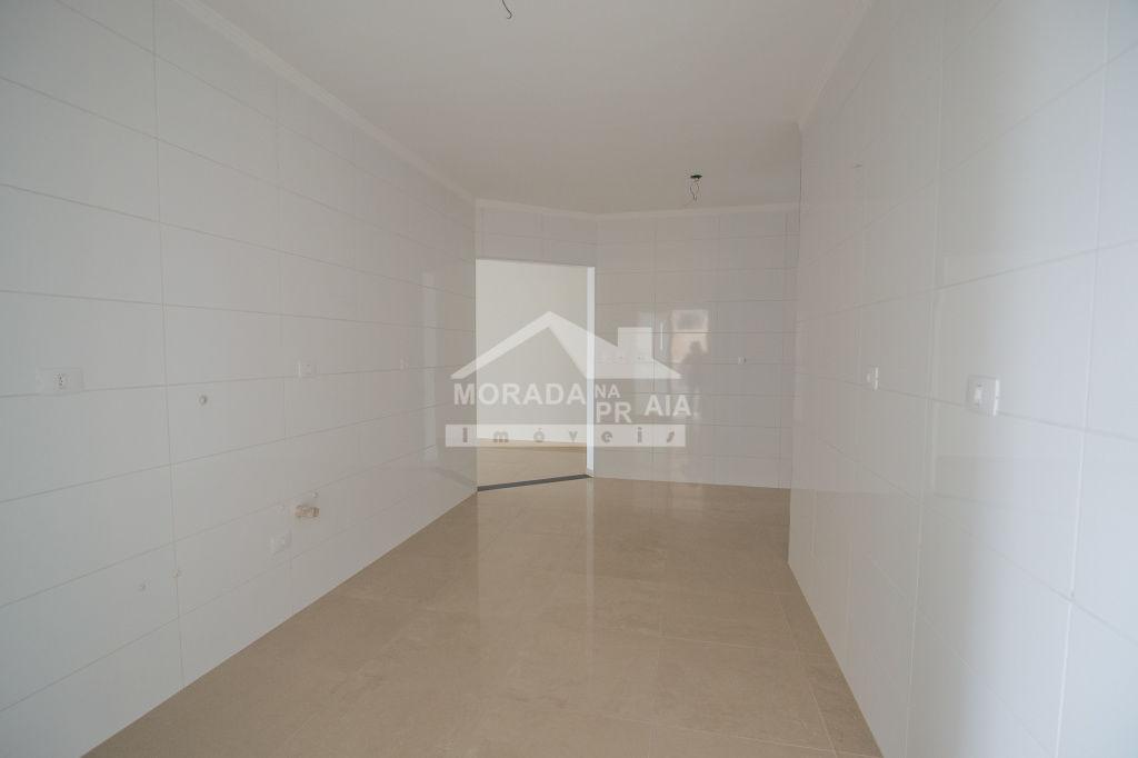 Suíte do apartamento com 3 dormitórios em AVIAÇÃO - PRAIA GRANDE