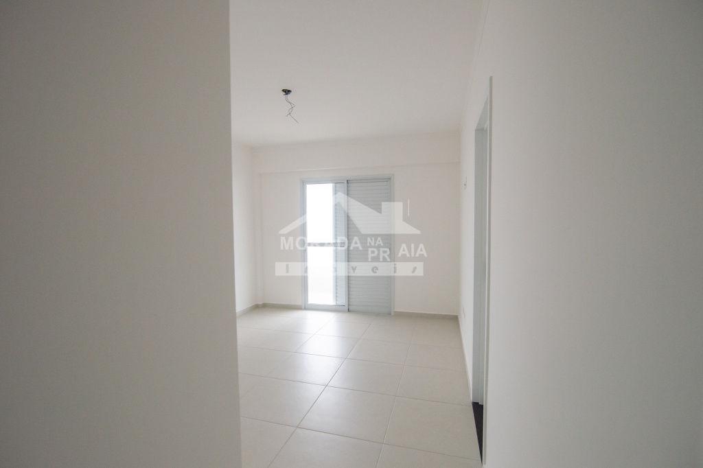 Sacada com churrasqueira do apartamento com 3 dormitórios em AVIAÇÃO - PRAIA GRANDE