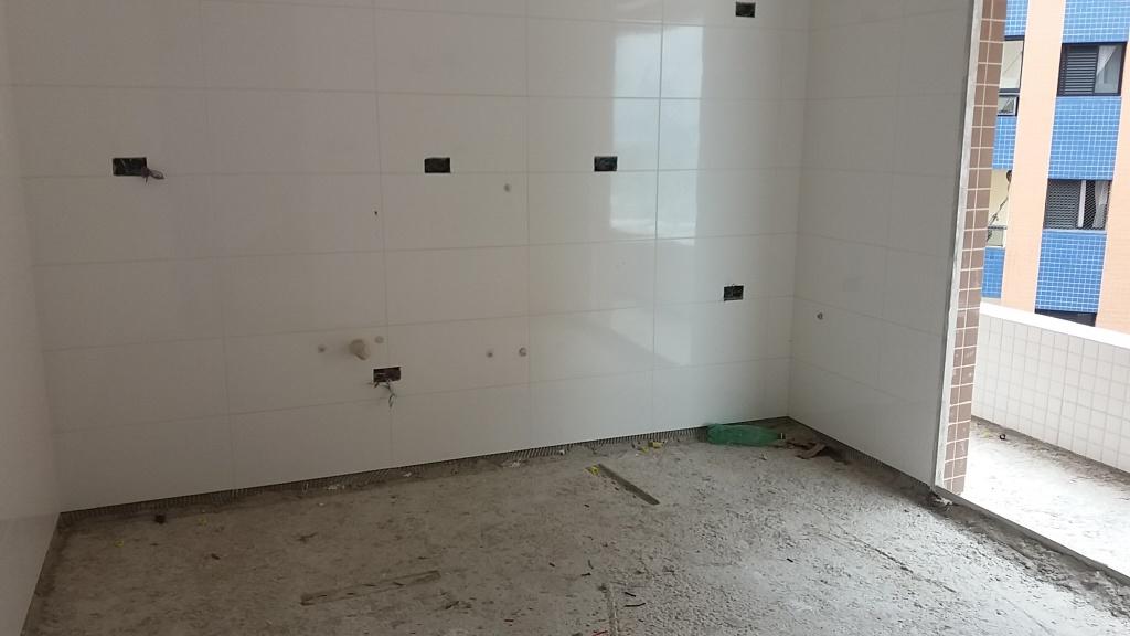 Cozinha do apartamento com 2 dormitórios em AVIAÇÃO - PRAIA GRANDE