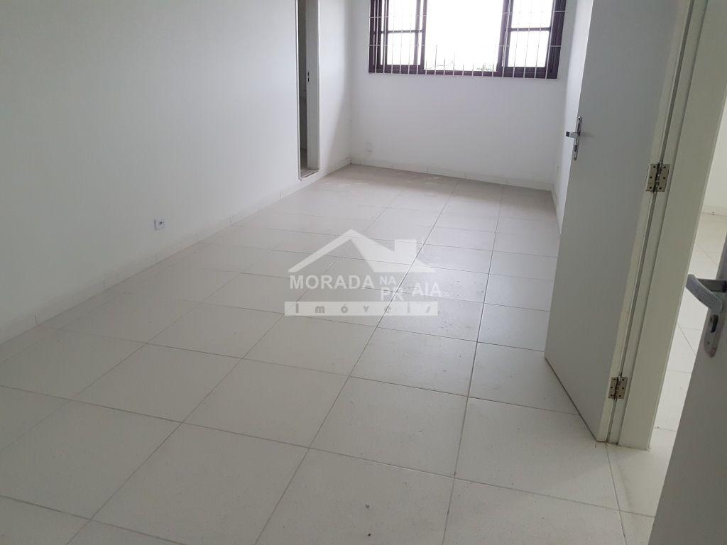 Sala 01 com wc do sala com 0 dormitórios em JARDIM GLÓRIA - PRAIA GRANDE