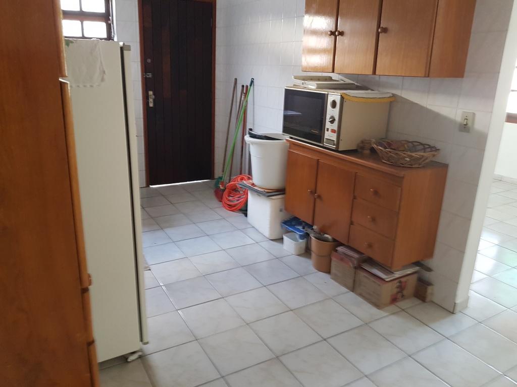 Cozinha do casa geminada com 2 dormitórios em CANTO DO FORTE - PRAIA GRANDE