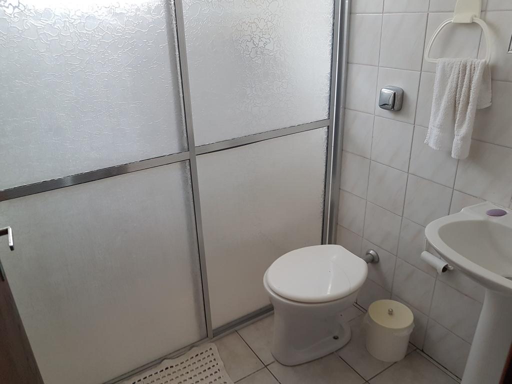 WC social do casa geminada com 2 dormitórios em CANTO DO FORTE - PRAIA GRANDE
