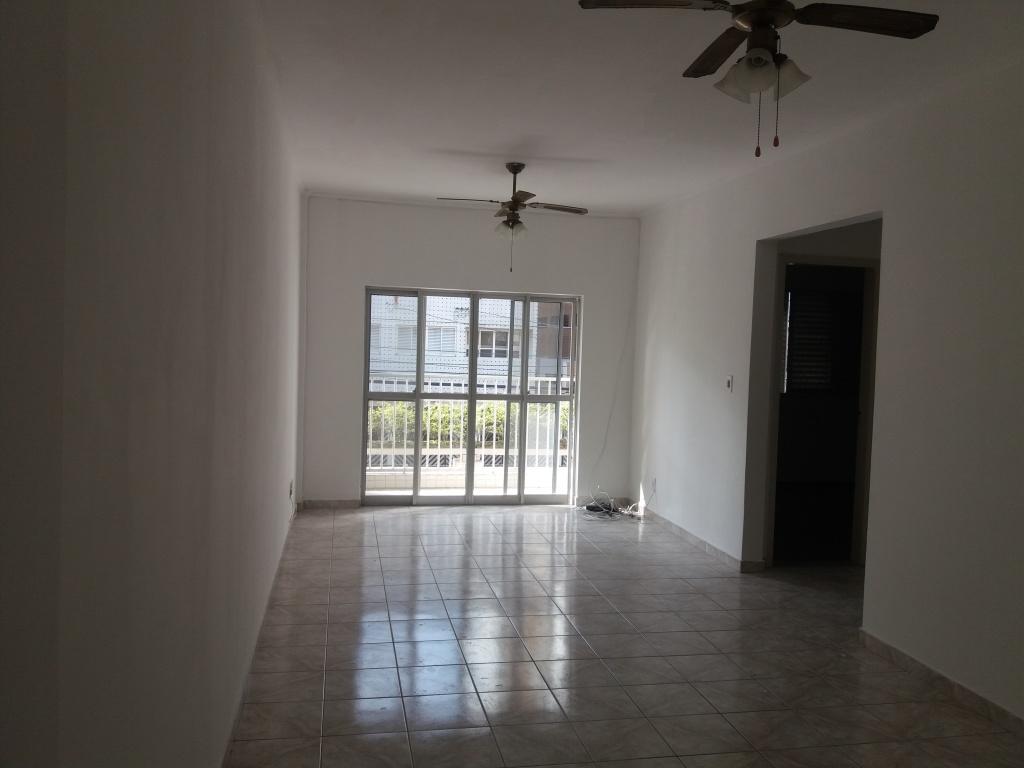 Sala ang 1 do apartamento com 2 dormitórios em CANTO DO FORTE - PRAIA GRANDE