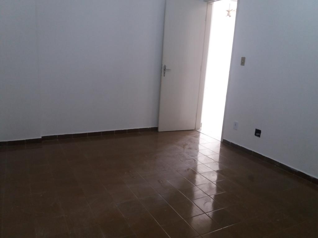 Dormitório ang 3 do apartamento com 2 dormitórios em CANTO DO FORTE - PRAIA GRANDE