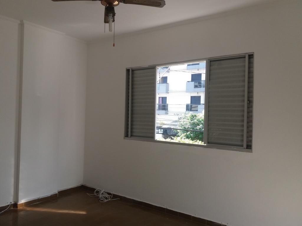 Suíte ang 2 do apartamento com 2 dormitórios em CANTO DO FORTE - PRAIA GRANDE