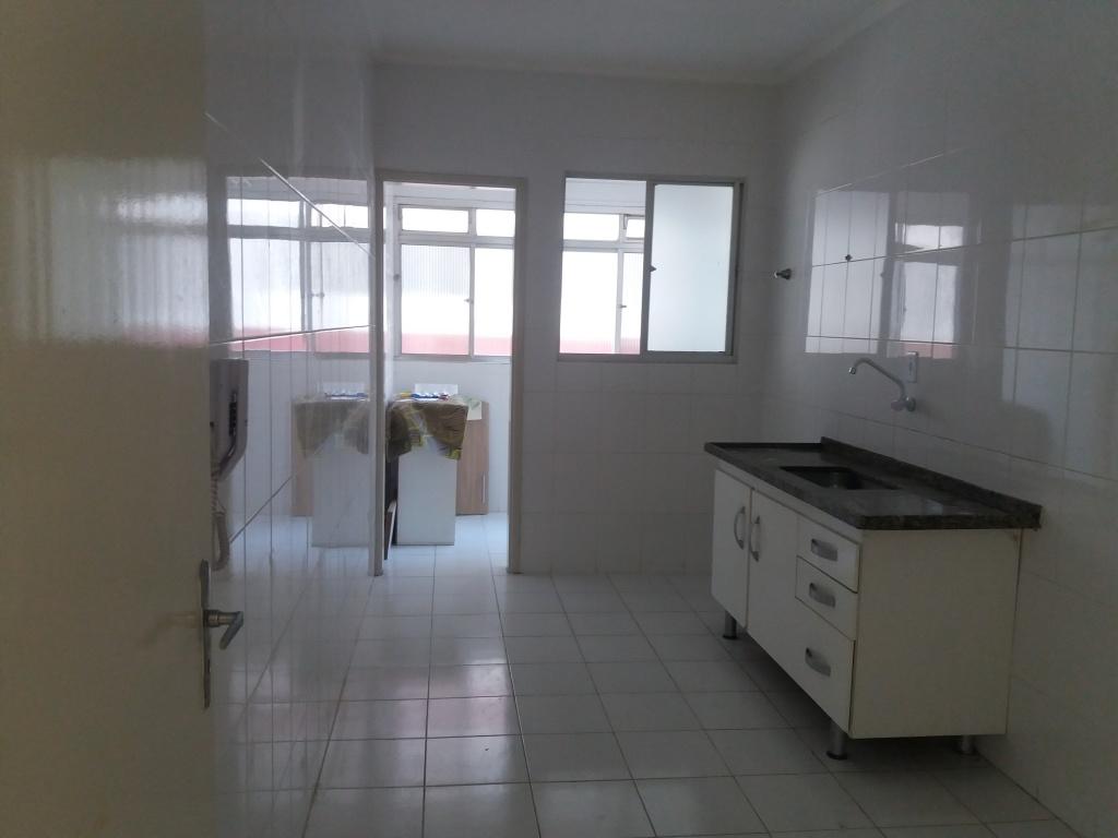 Cozinha ang 1 do apartamento com 2 dormitórios em CANTO DO FORTE - PRAIA GRANDE