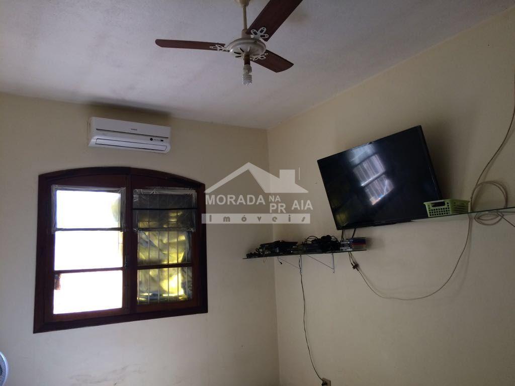 do casa isolada com 3 dormitórios em CANTO DO FORTE - PRAIA GRANDE