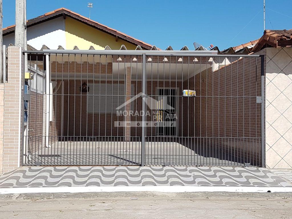 Fachada do casa geminada com 2 dormitórios em OCIAN - PRAIA GRANDE