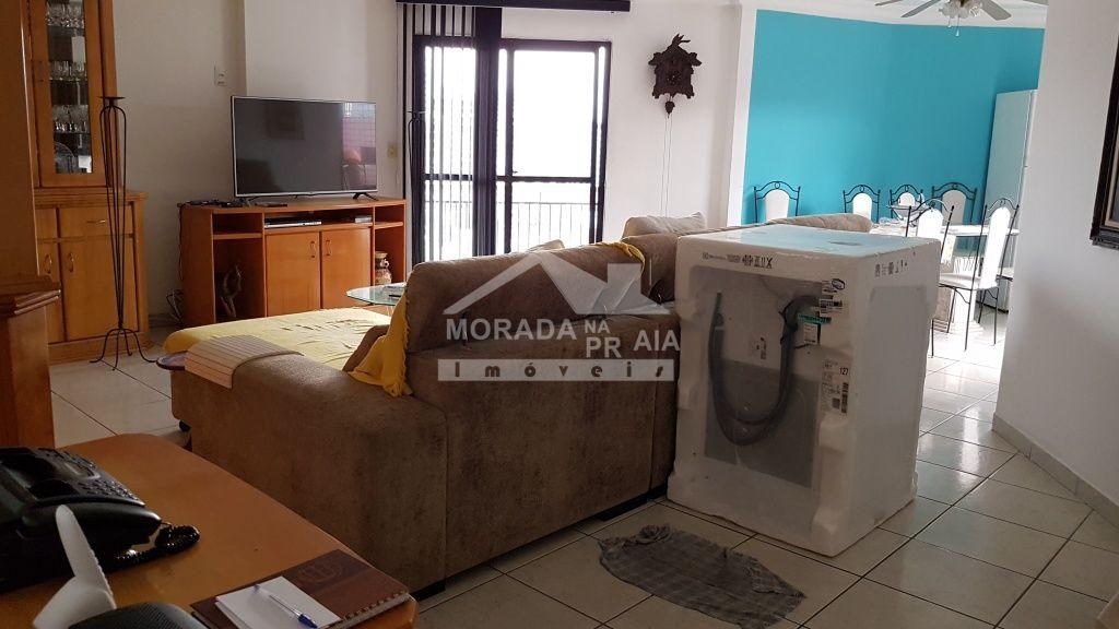 Churrasqueira e pia do cobertura com 3 dormitórios em Canto do Forte - Praia Grande
