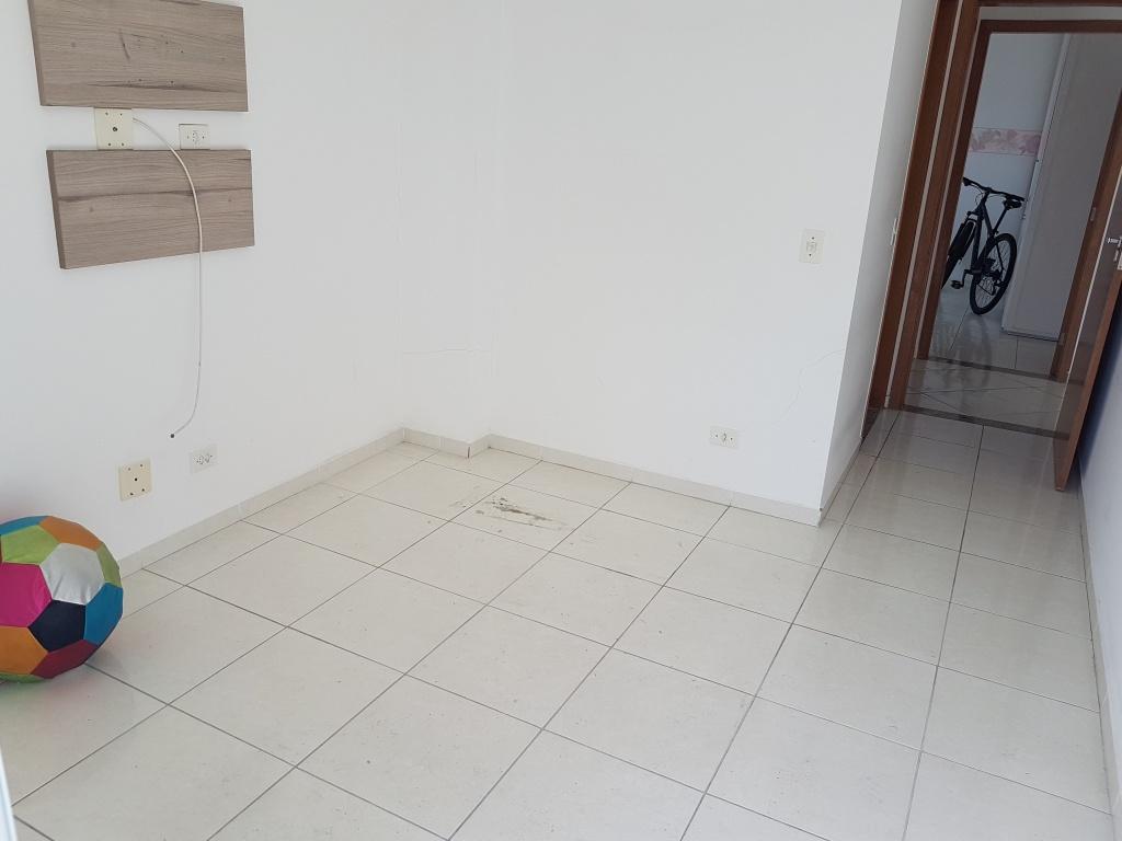 Suíte ang 02 do apartamento com 2 dormitórios em TUPI - PRAIA GRANDE