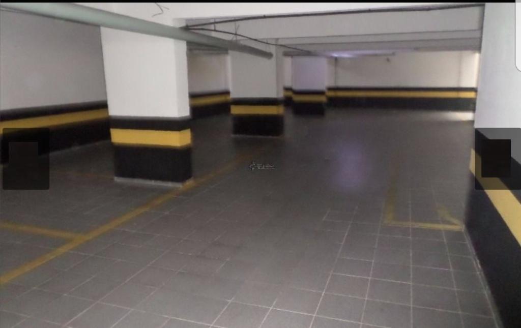 Garagem do apartamento com 1 dormitórios em OCIAN - PRAIA GRANDE