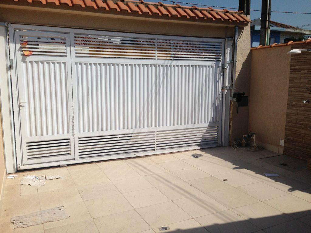 Portão do casa geminada com 3 dormitórios em CANTO DO FORTE - PRAIA GRANDE
