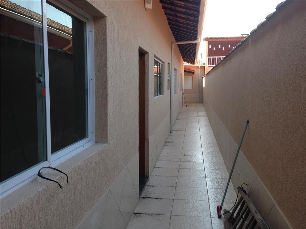 Corredor do casa geminada com 3 dormitórios em CANTO DO FORTE - PRAIA GRANDE