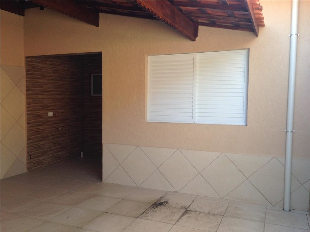 Fundo do casa geminada com 3 dormitórios em CANTO DO FORTE - PRAIA GRANDE