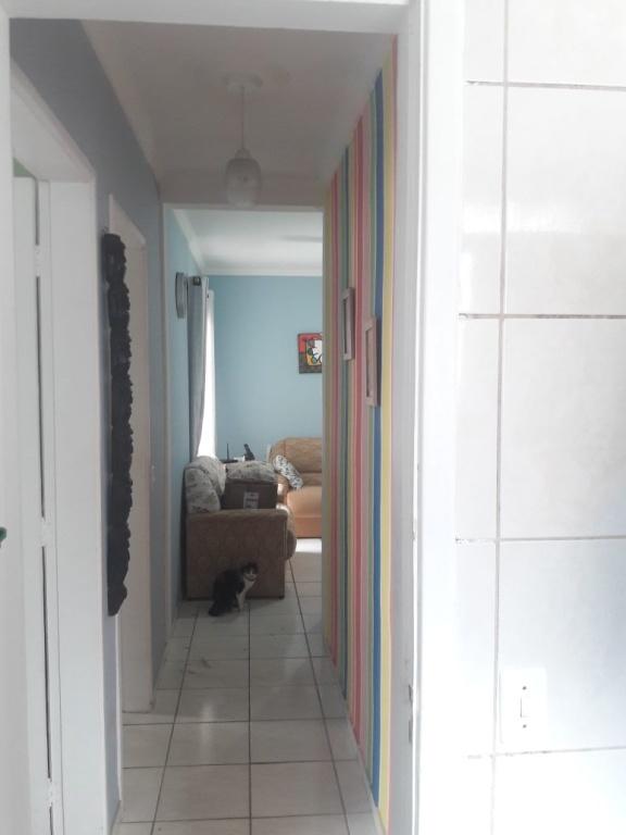 Corredor ang 02 do apartamento com 2 dormitórios em VILA SONIA - PRAIA GRANDE