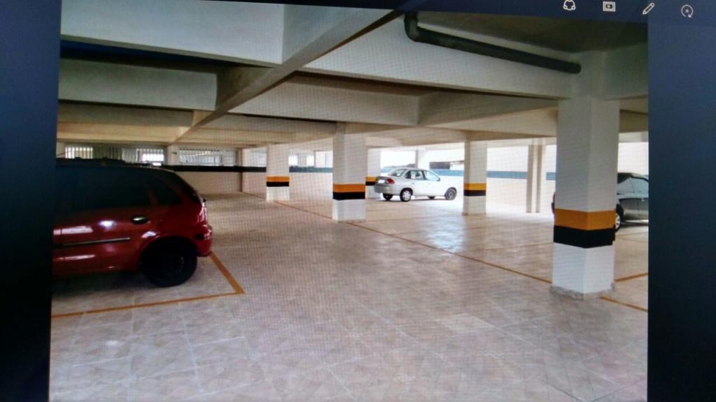 Garagem do apartamento com 2 dormitórios em OCIAN - PRAIA GRANDE