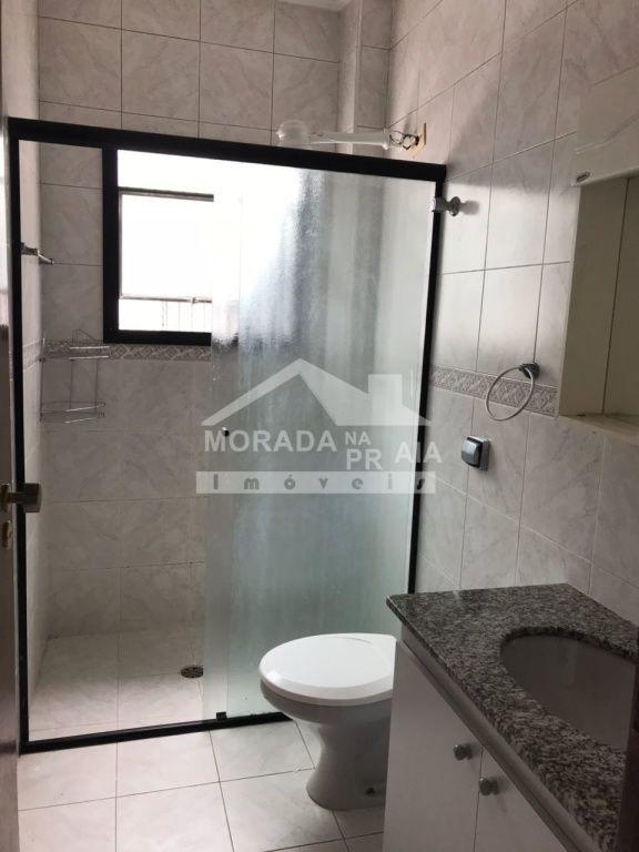 Banheiro social do apartamento com 2 dormitórios em CANTO DO FORTE - PRAIA GRANDE