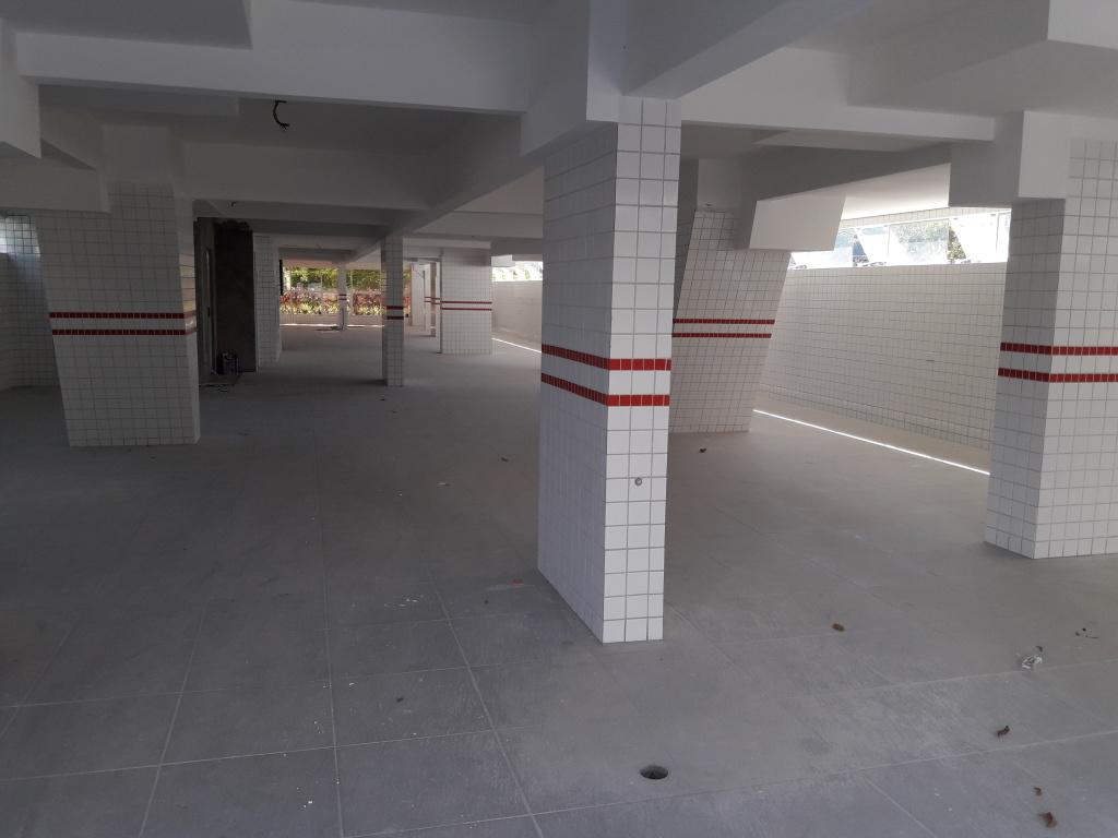 Garragem do apartamento com 1 dormitórios em CANTO DO FORTE - PRAIA GRANDE