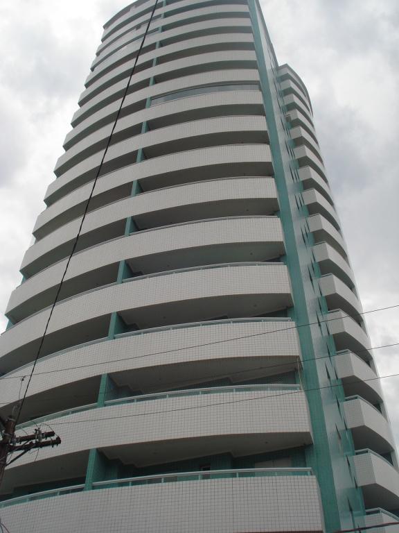 Sala do apartamento com 1 dormitórios em BOQUEIRÃO - PRAIA GRANDE