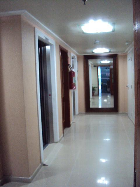 Sala ang 02 do apartamento com 1 dormitórios em BOQUEIRÃO - PRAIA GRANDE