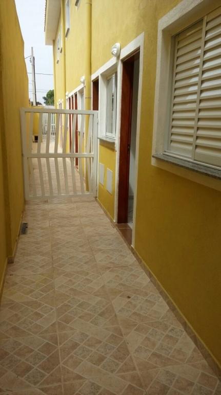 Corredor ang 03 do condomínio fechado com 2 dormitórios em MELVI - PRAIA GRANDE