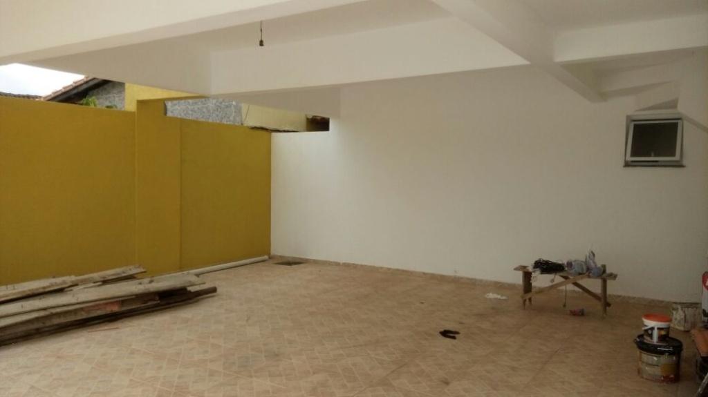 Garagem do condomínio fechado com 2 dormitórios em Jardim Melvi - Praia Grande