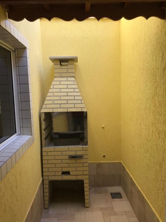 Churrasqueira do condomínio fechado com 2 dormitórios em TUDE BASTOS - PRAIA GRANDE