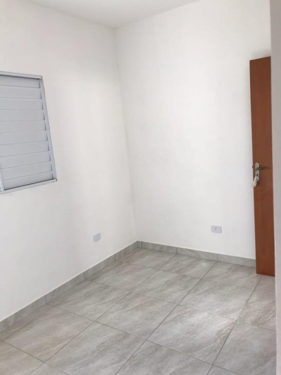 Dormitório 01 ang 02 do condomínio fechado com 2 dormitórios em TUDE BASTOS - PRAIA GRANDE