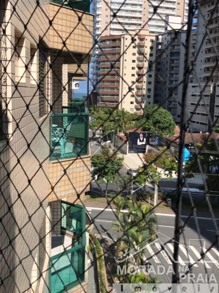 Vista da sacada da sala do apartamento com 2 dormitórios em CANTO DO FORTE - PRAIA GRANDE