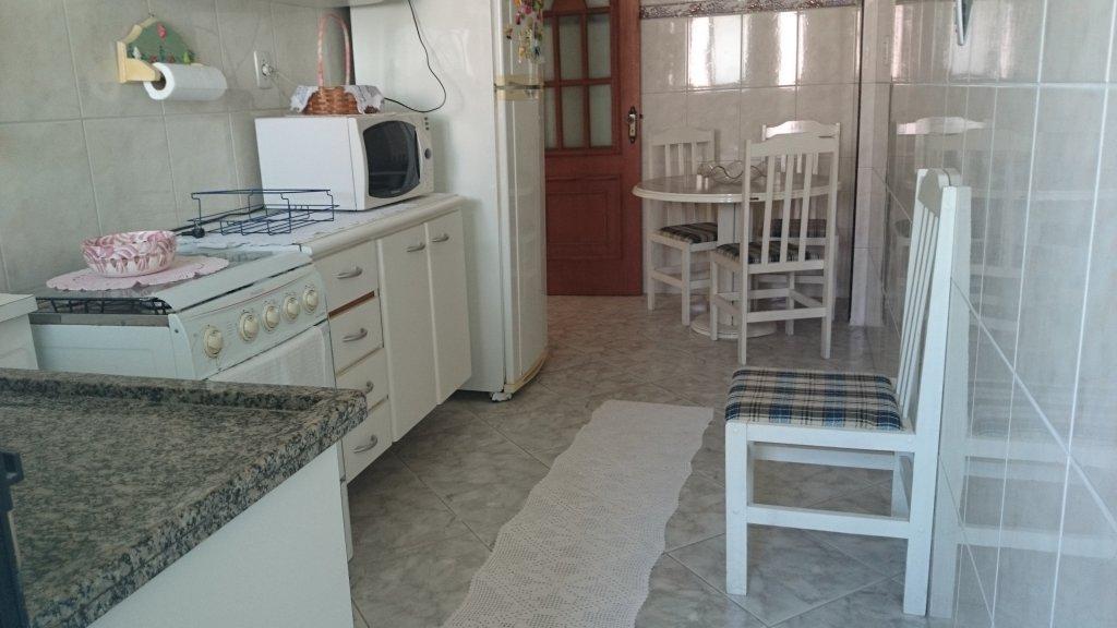 Cozinha ang 03 do apartamento com 1 dormitórios em Campo da Aviação - Praia Grande