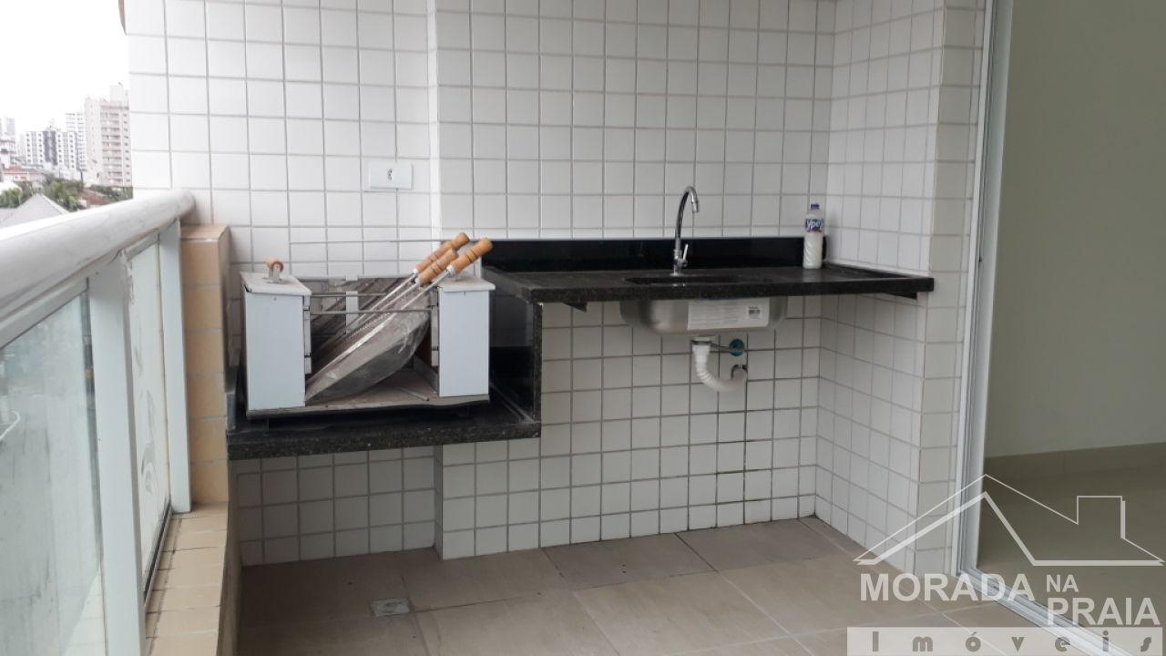 Sacada Gourmet do apartamento com 2 dormitórios em CANTO DO FORTE - PRAIA GRANDE