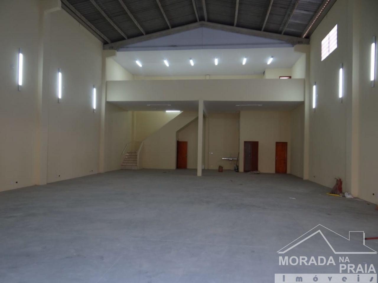 Galpão do galpão com  dormitórios em Vila Guilhermina - Praia Grande