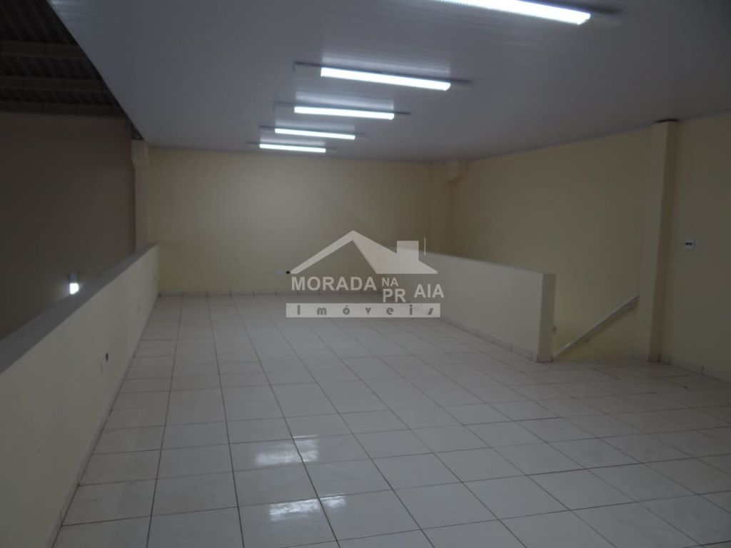 Escritório ang 02 do galpão com  dormitórios em Vila Guilhermina - Praia Grande