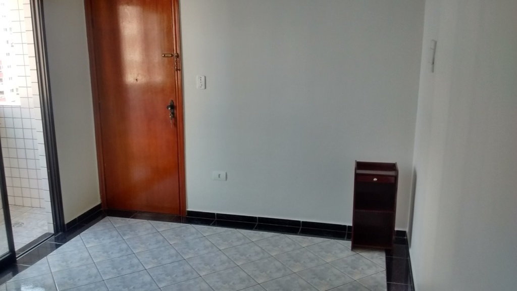 Sala do apartamento com 1 dormitórios em Vila Guilhermina - Praia Grande