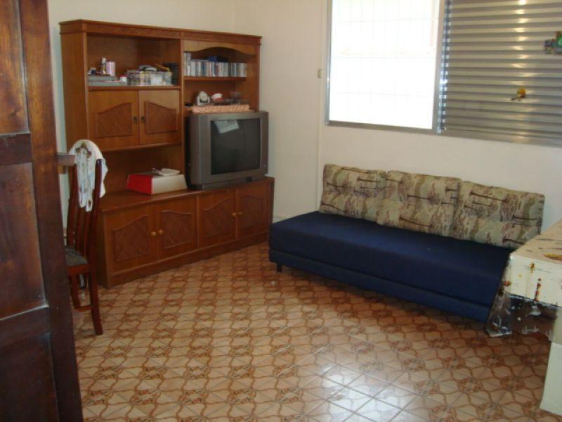 Dormitório 01 do casa geminada com 3 dormitórios em GUILHERMINA - PRAIA GRANDE