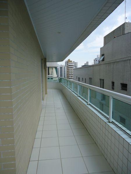 Sacada ang 02 do apartamento com 3 dormitórios em GUILHERMINA - PRAIA GRANDE