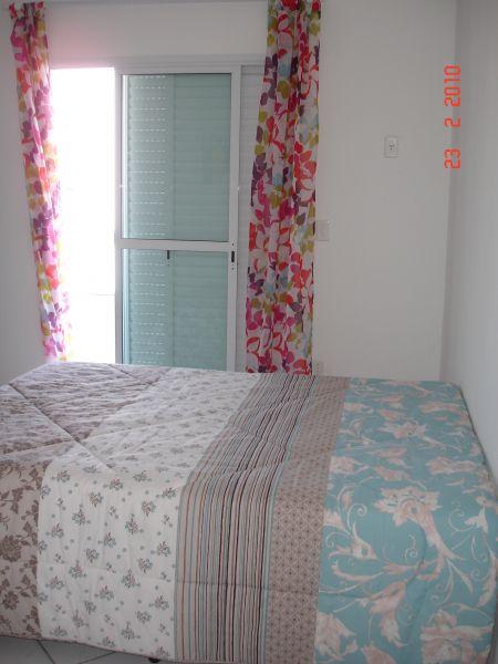 Suíte 03 do apartamento com 3 dormitórios em GUILHERMINA - PRAIA GRANDE
