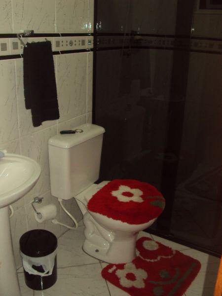 WC suíte do apartamento com 2 dormitórios em CANTO DO FORTE - PRAIA GRANDE