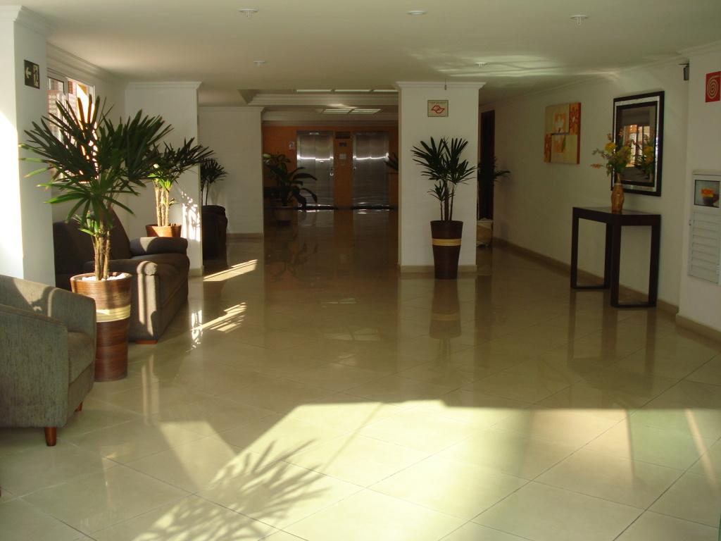 Hall  do apartamento com 2 dormitórios em CANTO DO FORTE - PRAIA GRANDE