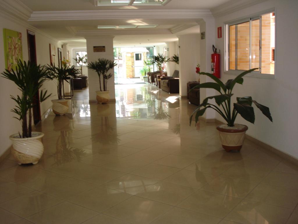 Hall ang 02 do apartamento com 2 dormitórios em CANTO DO FORTE - PRAIA GRANDE
