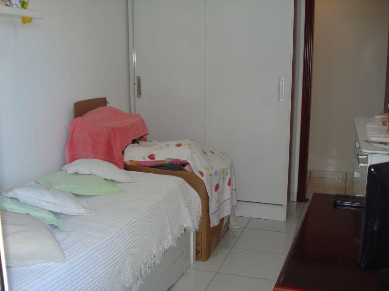 Dorm ang 02 do apartamento com 2 dormitórios em CANTO DO FORTE - PRAIA GRANDE