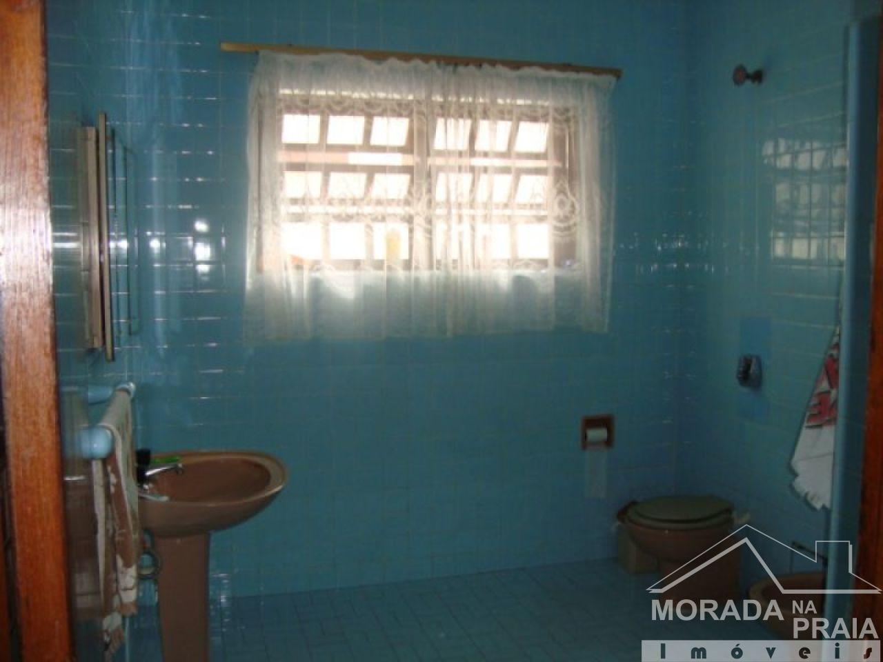 do casa isolada com 4 dormitórios em FLORIDA - PRAIA GRANDE